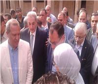 رئيس الوزراء يتفقد مستشفى ومركز أورام ميت غمر