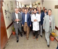 رئيس الوزراء يتفقد المنطقة الصناعية بجنوب بورسعيد ويُشيد بجودة المصنوعات