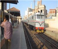 سقوط عجلة «البوجي» من قطار أسوان