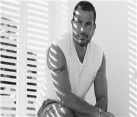 للأسبوع الثاني.. عمرو دياب يتصدر مبيعات ايتونز بألبوم «كل حياتي»