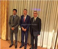وزير الرياضة يبحث التعاون مع حاكم إقليم جنوب بحر إيجه ورئيس منظمة السلام