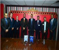 مصر للطيران توقع عقد تعاون جديد في مجال الأمن لـ«طيران الخليج»