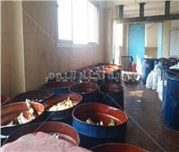 ضبط 11 طنًا عصائر فاسدة داخل مصنع غير مرخص بالعاشر من رمضان