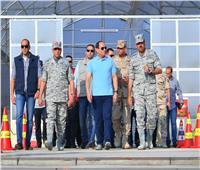 صور..الرئيس السيسي يتفقد إحدى القواعد الجوية