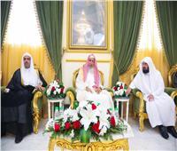 «الأعلى لرابطة العالم الإسلامي»: استقرار السعودية وأمنها خط أحمر