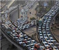 فيديو| كثافات مرورية متحركة على معظم المحاور والطرق الرئيسية بالقاهرة