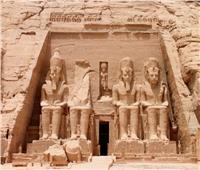 الآثار تقدم هدايا تذكارية بمناسبة تعامد الشمس على معبد أبو سمبل