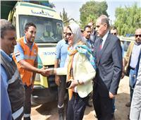 صور| وزيرة الصحة تستقل سيارة إسعاف لتفقد مستشفى أبوتيج
