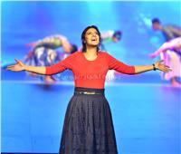 """""""ياسمين علي"""" تغني باللغة الانجليزية لأول مرة في المهرجان الشبابي بالبحرين"""