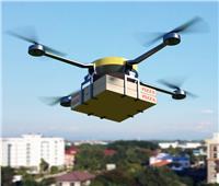 «أوبر» تستعين بطائرات بدون طيار لتوصيل «الطعام»
