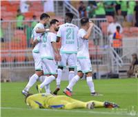 فيديو| أهلي جدة يكتسح الفتح بخماسية في الدوري السعودي