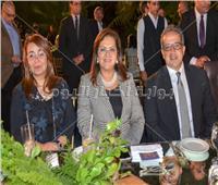 صور| وزراء وفنانين يفتتحون معرض فن تشكيلي بقصر محمد علي