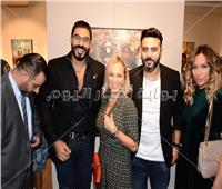 صور| شيرين رضا والبارودي وخالد سليم يفتتحون معرض أحمد فريد