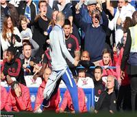 الاتحاد الإنجليزي يغرم مساعد مدرب تشيلسي بسبب واقعة «مورينيو»