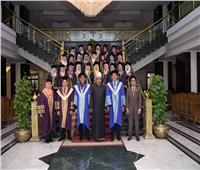 صور| جامعة الأزهر تحتفل بتخريج دفعة من السفيرات الماليزيات بطب الأسنان