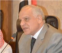 محافظ الجيزة يتفقد مصابي حادث المنيا الإرهابي بمستشفى الشيخ زايد