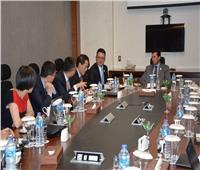 صبحي يلتقي نائب رئيس الاتحاد الصيني للشباب في شرم الشيخ
