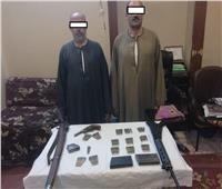 ضبط أسلحة آلية وطلقات نارية في حملة أمنية بأسيوط
