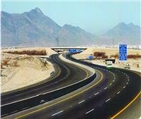 نائب «الطرق والكباري» يكشف خطة تطوير طريق أسيوط الشرقي