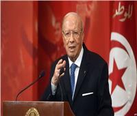 الرئيس التونسي يقبل تعديلا وزاريا لتهدئة الأزمة السياسية