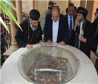 محافظ الغربية يزور كنيسة السيدة العذراء والشهيد أبانوب بسمنود