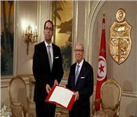 «السبسي» يلقي بكرة حكومة «الشاهد» في مرمى البرلمان