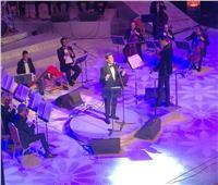 هاني شاكر لجمهور الأوبرا: «هو في جمال كده»