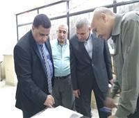 رئيس السكة الحديد يفاجئ العاملين بخط قطارات «الزقازيق بورسعيد»