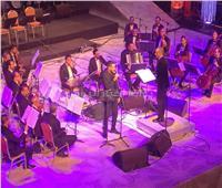 محمد الشرنوبي يلهب أجواء الأوبرا بأغنية «النفسية»