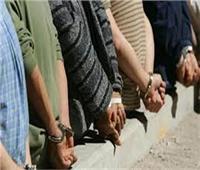 القبض على 3 عاطلين كونوا تشكيلا لسرقة السيارات والدرجات النارية ببنها