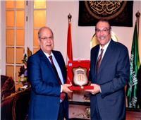 رئيس مجلس الدولة والسفير السعودي يبحثان سبل التعاون القضائي