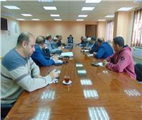 نائب محافظ القاهرة يلتقي رؤساء مجالس إدارات الشركات الاستثمارية