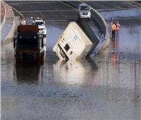 الكويت: استمرار توقف رحلات الطيران المدني لسوء الأحوال الجوية