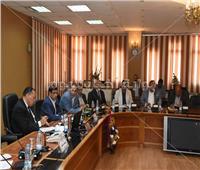 محافظ الشرقية يؤكد على ضرورة التنسيق بين الجهاز التنفيذي والنواب
