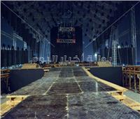 صور| تجهيزات حفل تامر حسني في «كايرو فيستيفال»