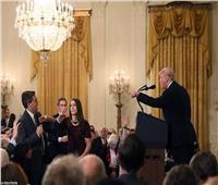 القضاء الأمريكي يلزم البيت الأبيض بإعادة اعتماد مراسل الـ«CNN»
