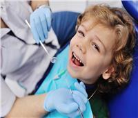 تعرفي على .. كيفية التعامل مع أسنان الأطفال