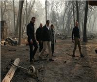 الرئيس الأمريكي يتفقد آثار حرائق غابات كاليفورنيا