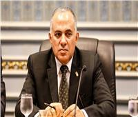 وزير الرى يفتتح أعمال الحماية من السيول بخمس مناطق بالبحر الأحمر