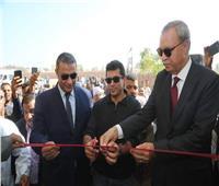 وزير الشباب والرياضة ومحافظ قنا يفتتحان أعمال تطوير مركز شباب الزوايدة