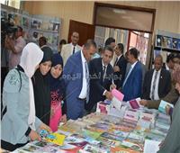 أحمد غلاب يفتتح معرض الكتاب الثاني بأسوان الجديدة