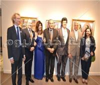 صور| وزير التموين يشارك بافتتاح معرض «رغبةقلبي» لفريد فاضل