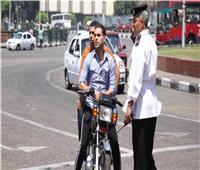 حملة مرورية مكبرة بالشوارع والميادين الرئيسية بالجيزة