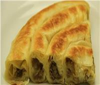 طبق اليوم .. «لفائف البطاطس باللحم المفروم»