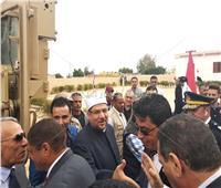 بالصور والفيديو.. لحظة وصول وزير الأوقاف وأبو هشيمة «مسجد الروضة»