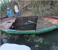 انتشال المركب الغارقة بنهر النيل في البحيرة ومصرع 5 عمال