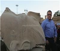 بدء أعمال ترميم آخر تمثال لـ« رمسيس الثاني» أمام «معبد الأقصر»