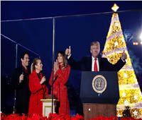 فيديو| ترامب يضئ شجرة الكريسماس قبل أعياد الميلاد