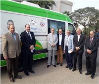 صور.. رئيس جامعة الأزهر يشارك في حملة «100 مليون صحة»
