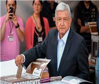 رئيس المكسيك الجديد يقرر بيع طائرته الرئاسية «تقليلا للنفقات»